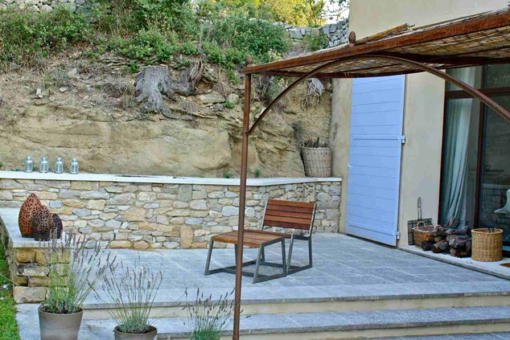 BBQ area, outdoor furniture by Mei Line,  la Baye des Anges