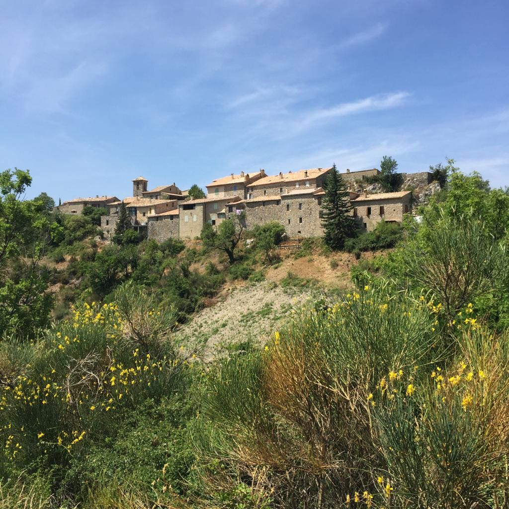 St Jalle, Drome Provençale