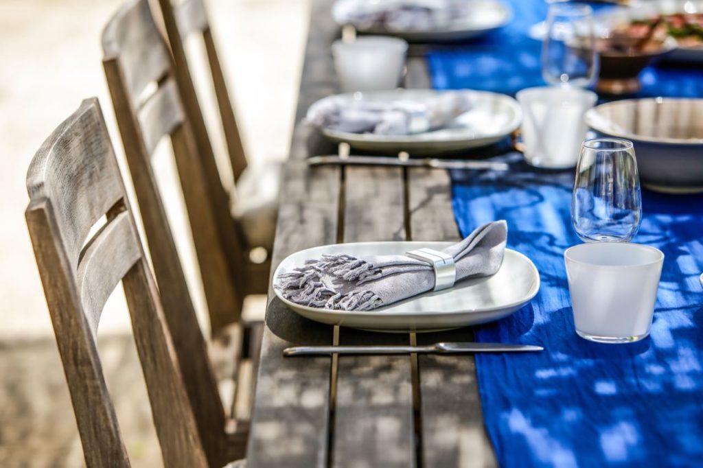Al fresco dining, La Baye des Anges