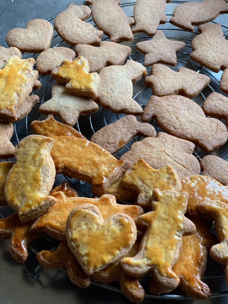 Cooking Christmas biscuits at la Baye des Anges