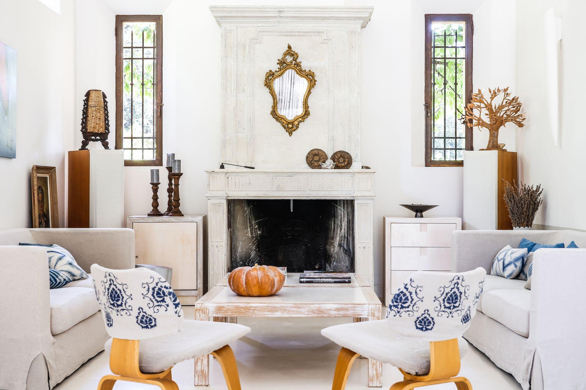 Living room at Baye des Anges